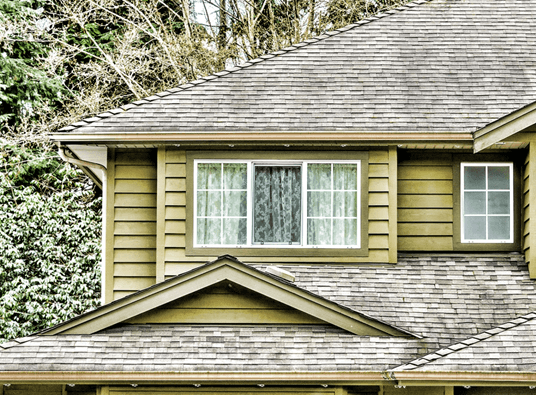 4 windows that improve the curb appeal and comfort of homes for Quality replacement windows
